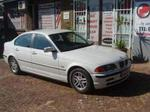 2000 BMW 320i (E46)