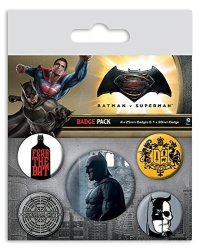 "Close Up Batman Vs Superman Button Set ""batman"