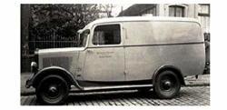Dnepro Model - Opel Blitz 1T Kastenwagen Early Version DM3554 1 35 Scale Model Kit