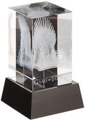 Diamond Comic Distributors Dark Horse Deluxe Game Of Thrones: 3D Crystal Iron Throne With Illumination Base Statue