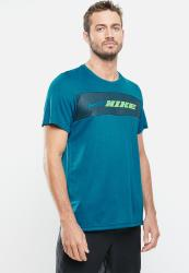 Nike Nk Dry Superset Energy Tee - Green Abyss mean Green