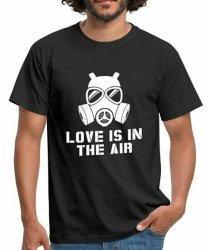 Love Is In The Air T-Shirt - 2XL