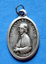 Lumen Mundi St. Elizabeth Ann Seton Medal